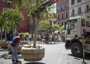 Spanish cities start to reinforce security in central pedestrian areas