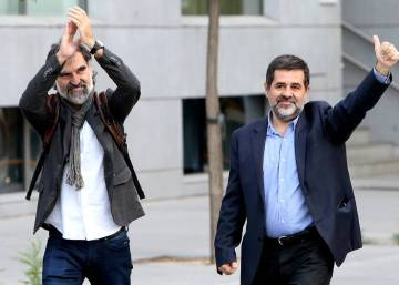 Spanish court refuses to release two prominent Catalan ex-officials