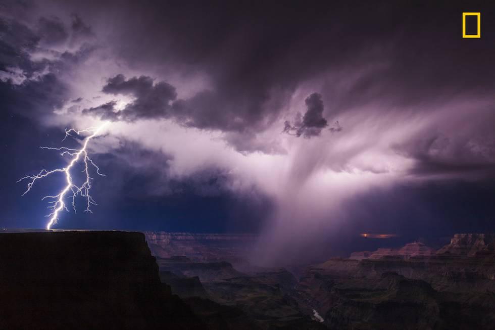 Tormenta eléctrica en el Gran Cañón del Colorado.