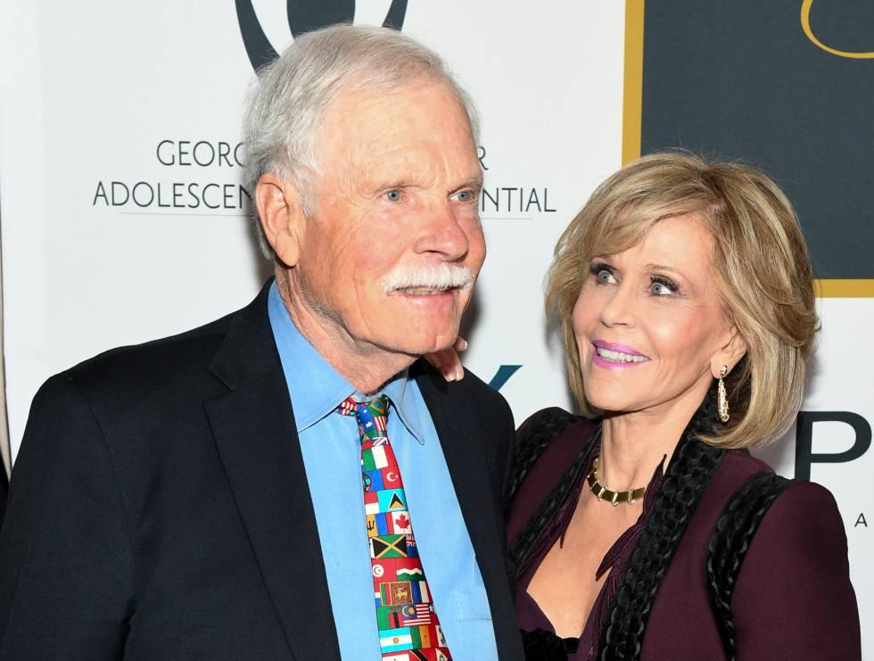 Jane Fonda e seu ex-marido Ted Turner, em uma das festas organizadas para celebrar os 80 anos da atriz.