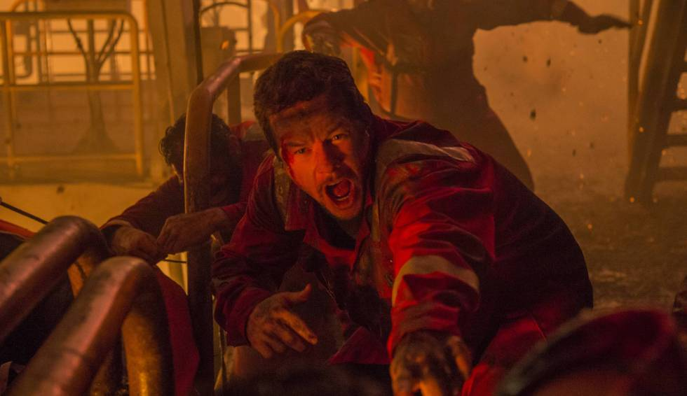 Mark Wahlberg in a still from the movie 'Deepwater Horizon'.