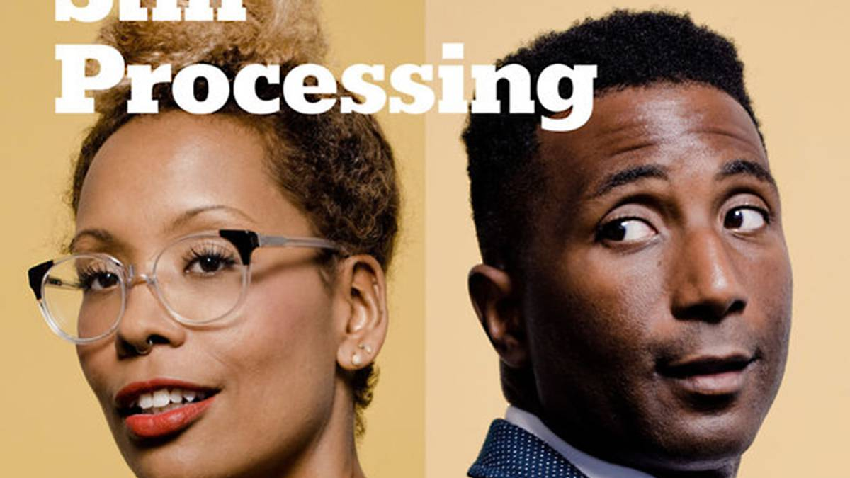 Wesley Morris y Jenna Wortham, conductores del podcasts 'Still Processing'.