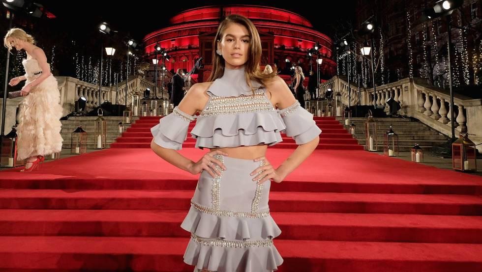 Kaia Gerber en los Fashion Awards en Londres.