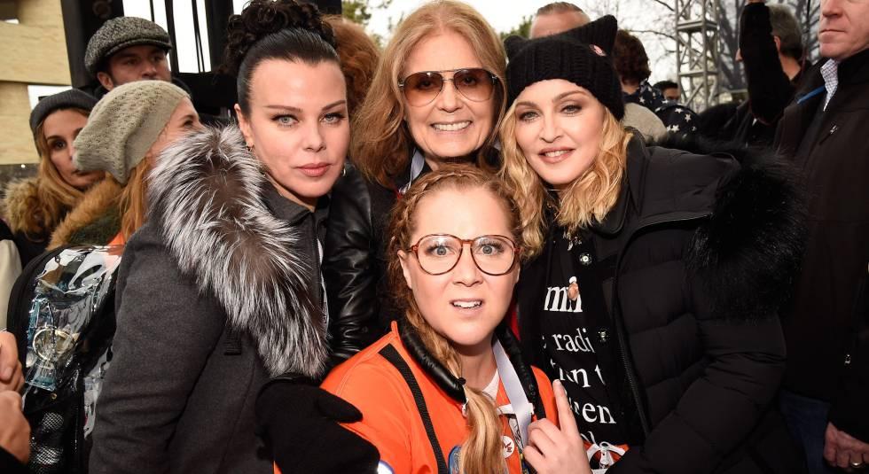 Las actrices Debbie Mazur, Gloria Steinem, Madonna y Amy Schumer en Washington en el Women's March.