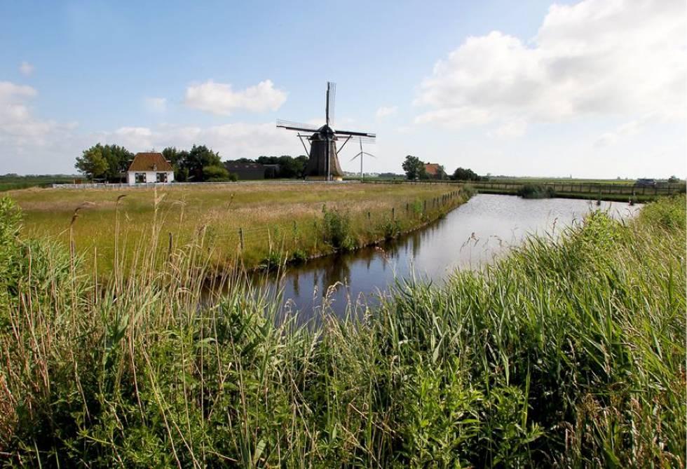 Paisaje de Frisia, al norte de Holanda
