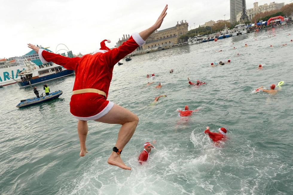 Una imagen de la competición de saltos navideña de Barcelona, en la mañana del 25 de diciembre.