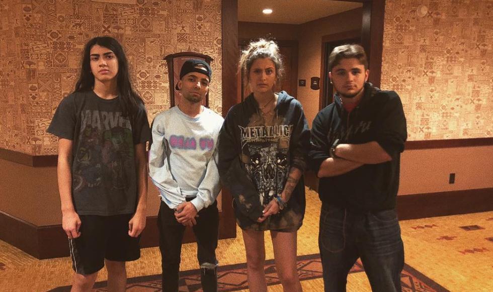 De izquierda a derecha: Blanket Jackson, Omer Bhatti y Paris y Prince Jackson, en la foto publicada por la hija mayor de Michael Jackson en Instagram.