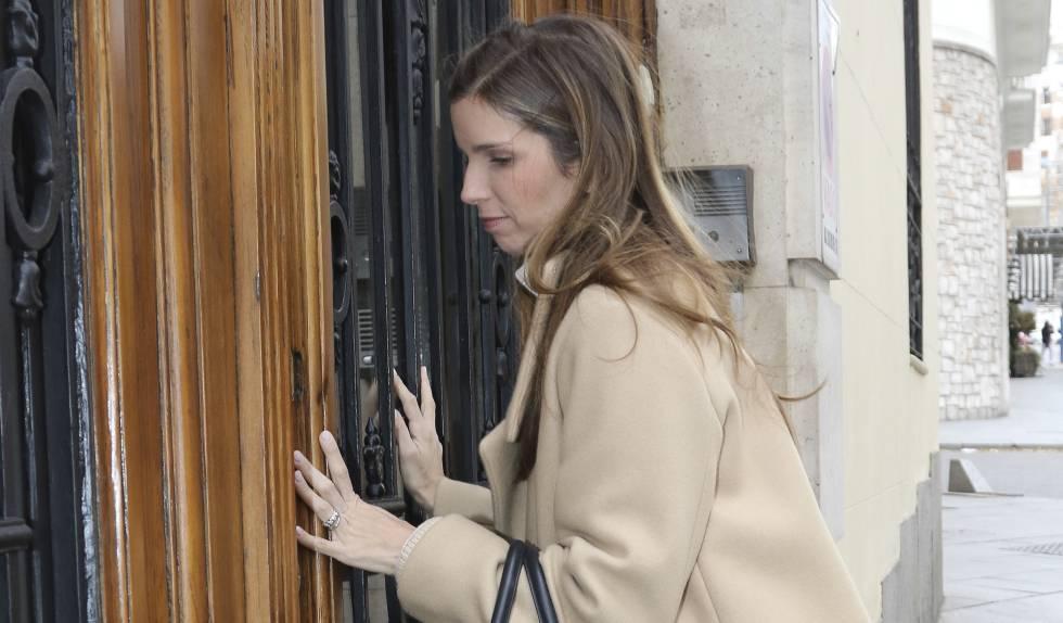 Margarita Vargas, esposa de Luis Alfonso de Borbón, este jueves a su llegada a casa de Carmen Franco.