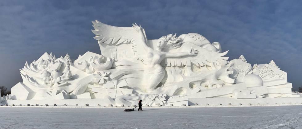 Escultura gigante en la Isla del Sol