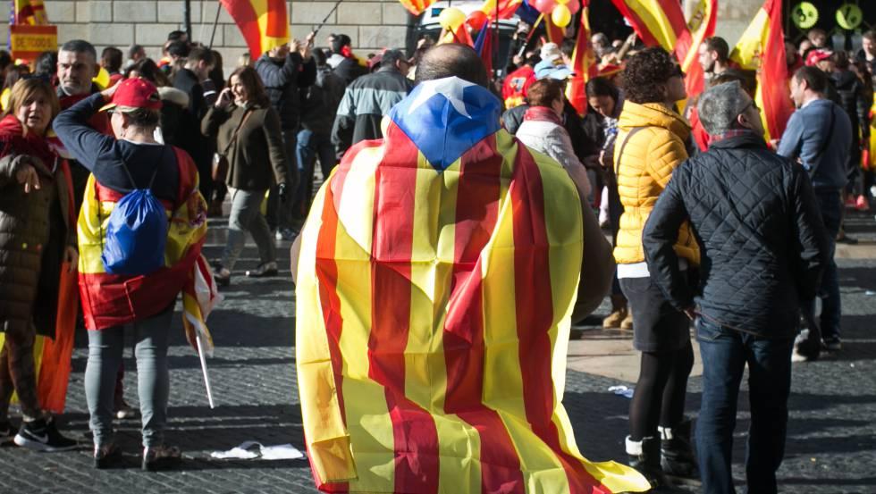 Manifestación a favor de la unidad de España en  Barcelona.