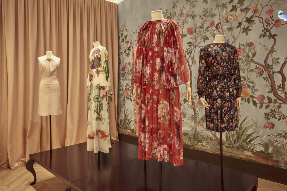 Los vestidos expuestos en el museo Gucci Garden en Florencia.