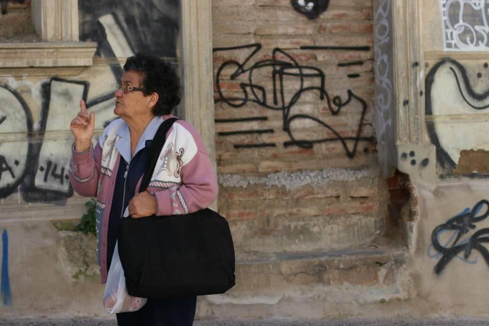 La señora Sofía ha recibido muchos reconocimientos en Valparaíso, su ciudad natal, por su dedicación durante los últimos 26 años a los ancianos que viven solos.
