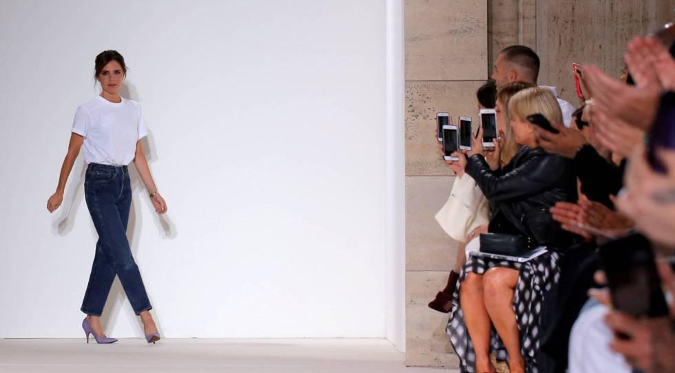 Victoria Beckham, tras el desfile de su colección primaveraverano 2018 el pasado septiembre en Nueva York.