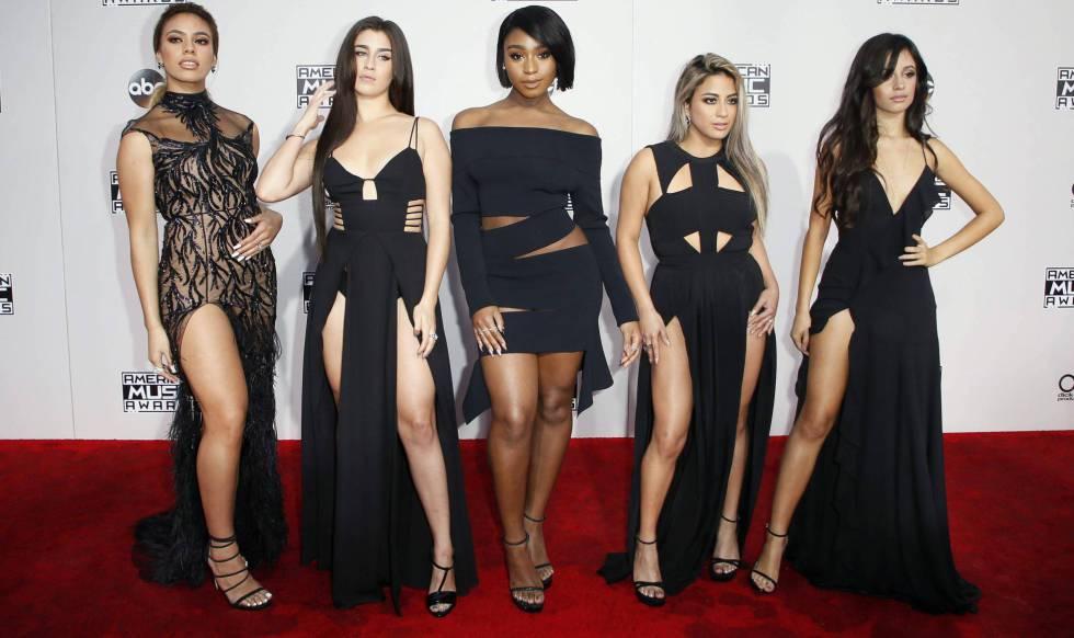 Las cinco componentes del grupo Fifth Harmony, antes de que Camila Cabello (la última) abandonara el grupo.