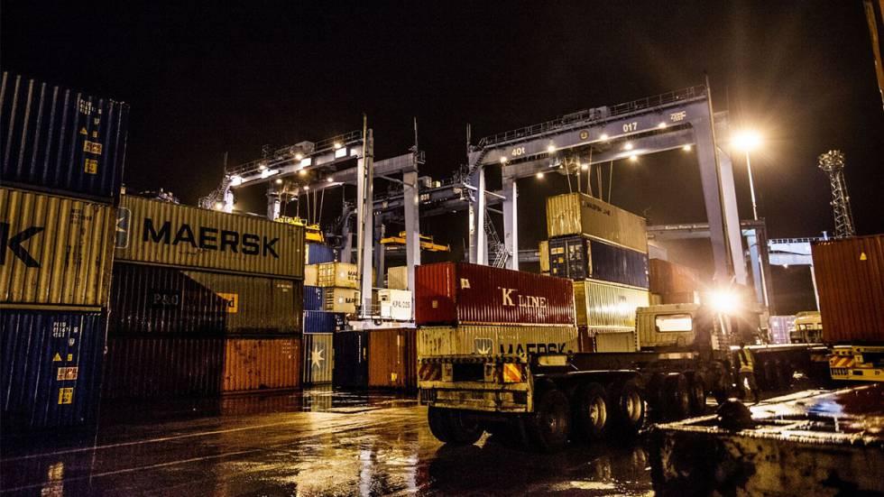 El puerto de mercancías de Mombasa es el segundo más grande de África. Opera las 24 horas del día.