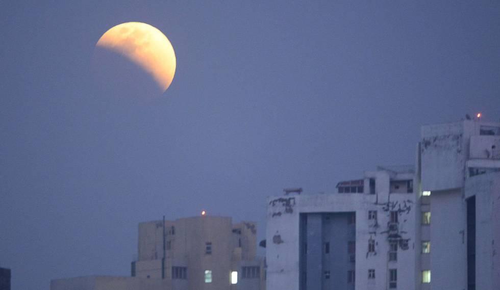 Eclipse lunar desde en Calcuta