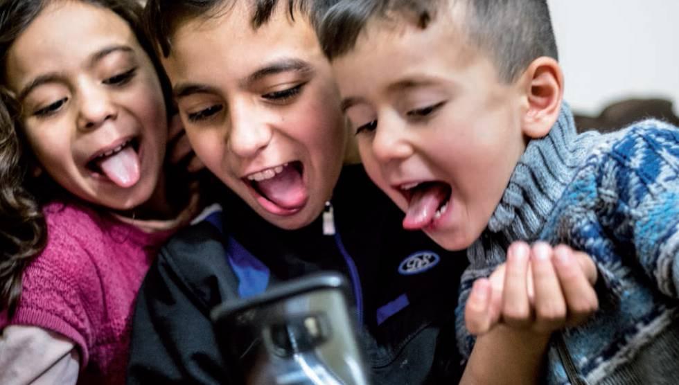 Casi la mitad de las menores en España sufre algún tipo de acoso ...