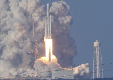 SpaceX: despega el cohete Falcon Heavy,