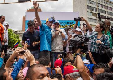 "Crisis in Venezuela has reached ""tipping point,"" warns opposition"