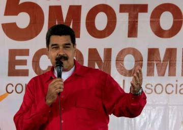 Venezuela puts recall referendum on hold