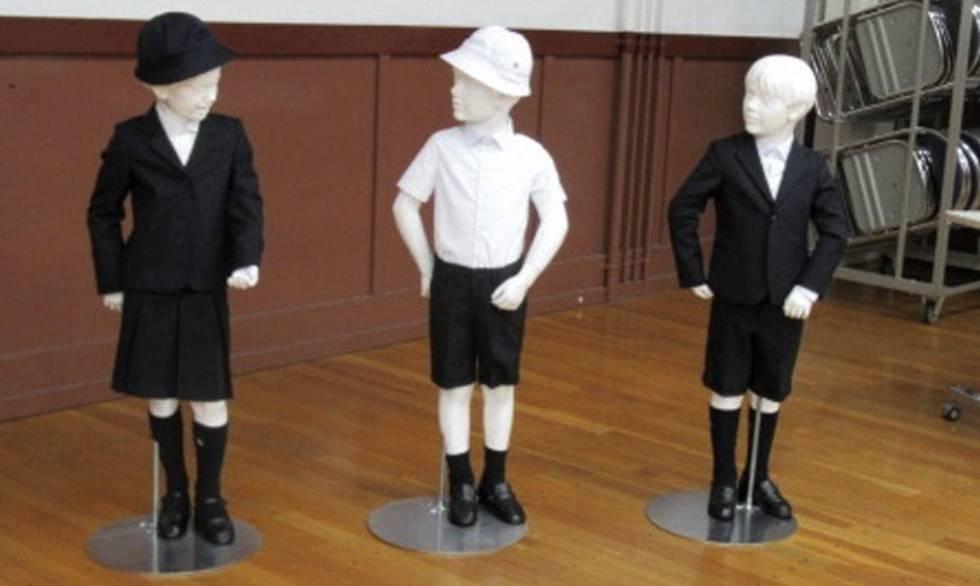 ca7ec3745d68f Estos son las tres variantes del uniforme de la Taimei Elementary School.