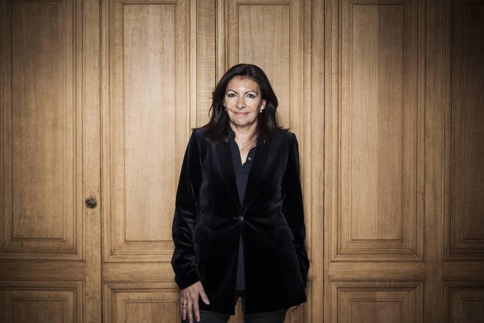 """Prefeita de Paris: """"As cidades são o antídoto para o populismo"""""""