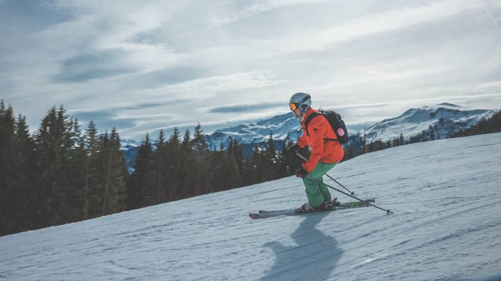 Esta es la ropa que necesitas para esquiar esta temporada ... 39ada953ccdc2