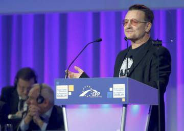 U2's Bono asks for Europe-wide campaign for Spain