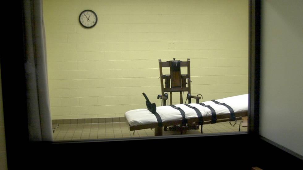 Clayton Lockette, atado a una camilla, tardó 43 minutos en morir.