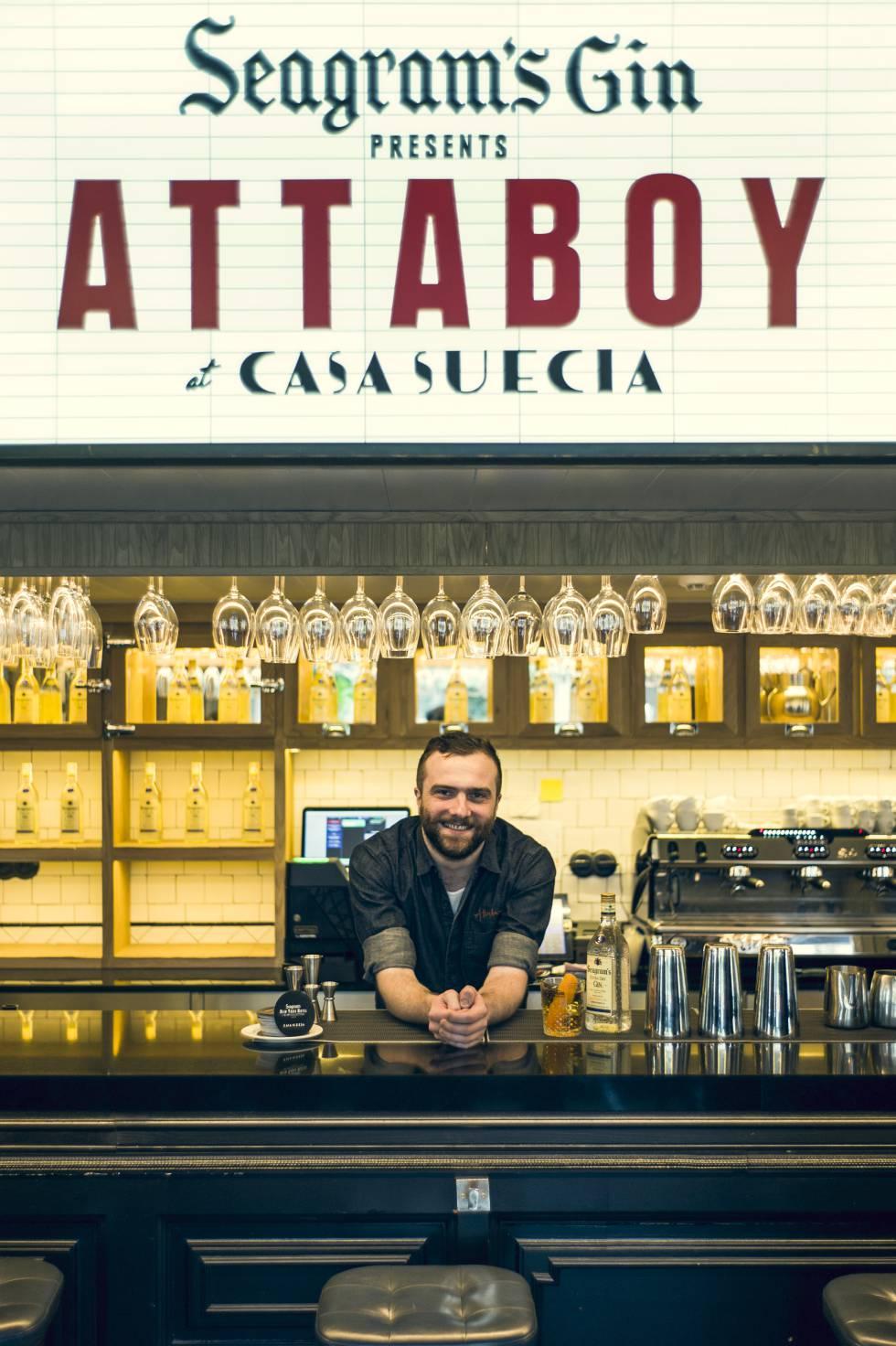 Así es Attaboy: la coctelería mítica de Nueva York en la que cada cliente hace su carta