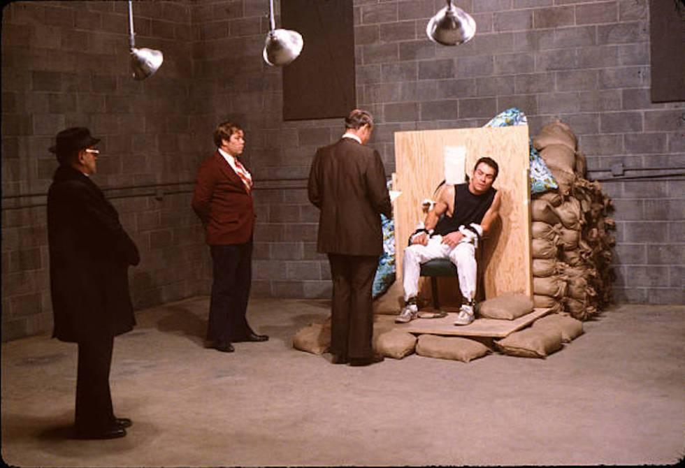Fotograma de la película 'La canción del verdugo'.