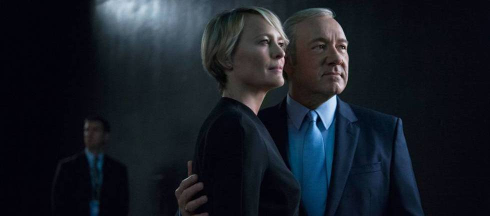 Robin Wright e Kevin Spacey em uma imagem promocional de 'House of Cards'.