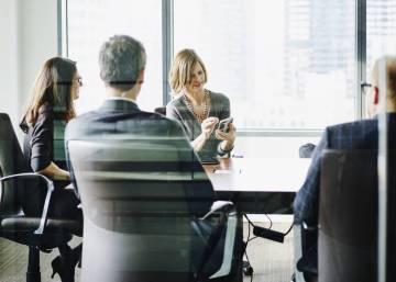 Women in Spain earn 13% less than men for similar work, new study shows