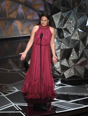 Daniela Vega durante a cerimônia do Oscar