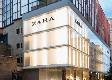 In a first, Inditex closed more stores than it opened in last quarter of 2017