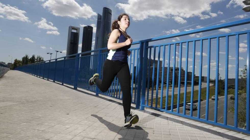 ¿Vas a correr un maratón  Ropa y accesorios para terminar (o hacer una  buena marca) bfbfcd4d063