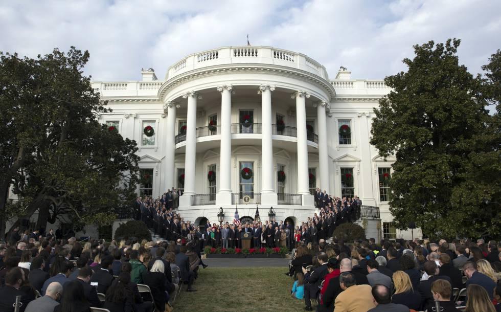 Acto en la Casa Blanca presidido por Donald Trump.