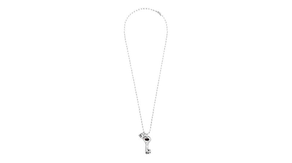 a60ecb0af427 Las joyas también son amigas de los hombres  15 piezas y estilos de  bisutería masculina