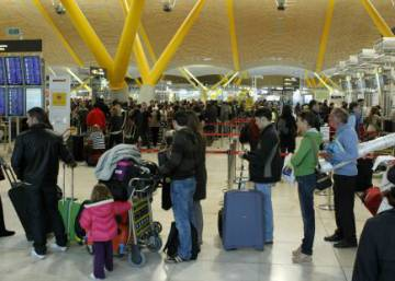 Spain's population falls as number of foreigners leaving continues to rise