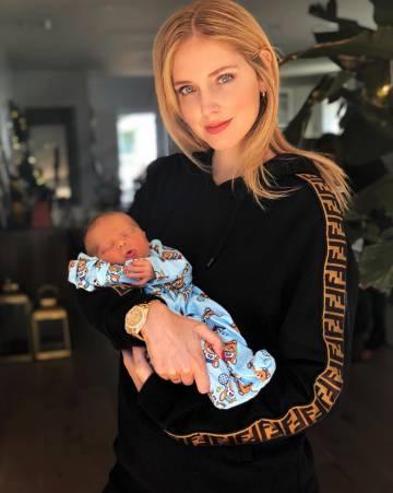 Chiara Ferragni con su hijo Leone.