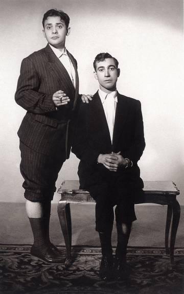 Dos de los humoristas españoles más queridos: José Luis Ozores y Miguel Gila. La imagen es de 1955.
