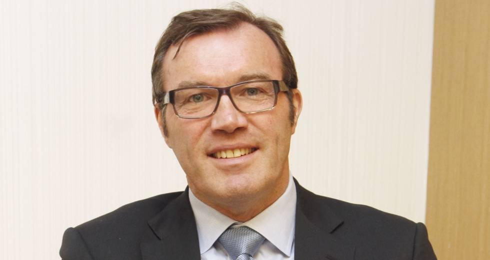 Andrew Morton.