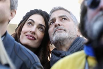 Anna Wintour escoge a Amal Clooney como modelo | Gente y