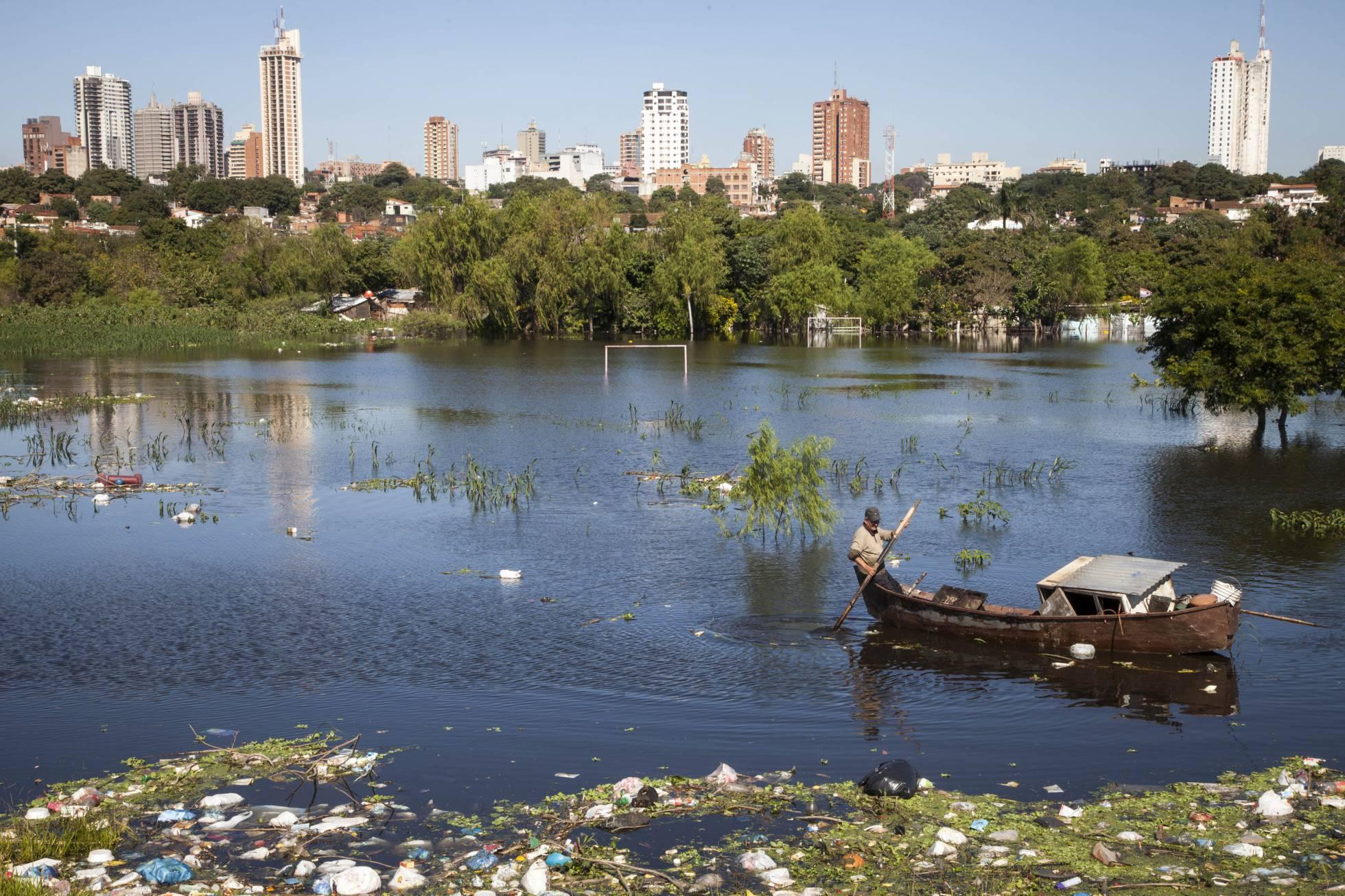 Paraguay: aguas revueltas en la democracia... - Página 2 1523883568_172874_1523886157_album_normal_recorte1