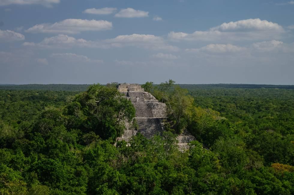 Una de las estructuras de la ciudad maya de Calakmul, en México.