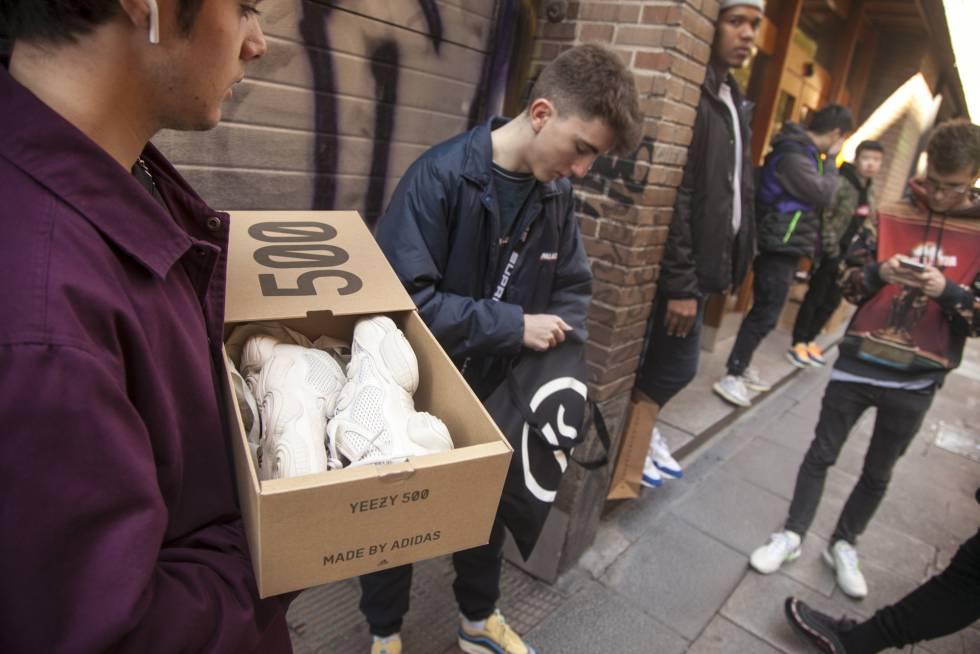 músico Proscrito hambruna  Nike: Locura y mafia por unas zapatillas | Tentaciones | EL PAÍS