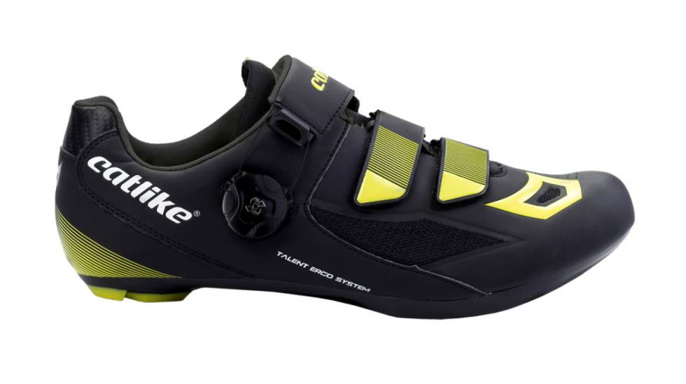 9452c3399 Las mejores ofertas en zapatillas, cascos y otros accesorios para la bici