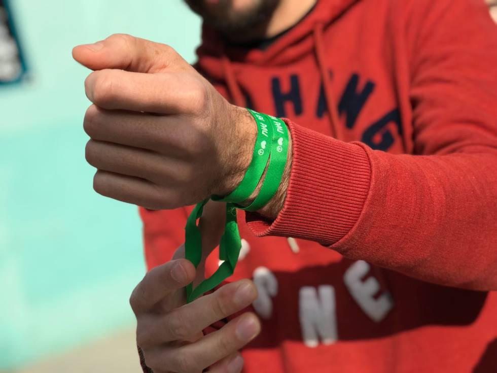 ahorrar e122a 68b7c Compra una pulsera y haz feliz a un niño   Blog ...