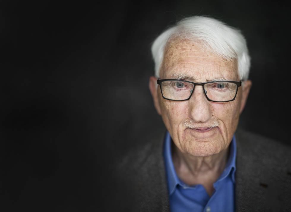 """Jürgen Habermas  """"Não pode haver intelectuais se não há leitores ... 08bf415f4e263"""
