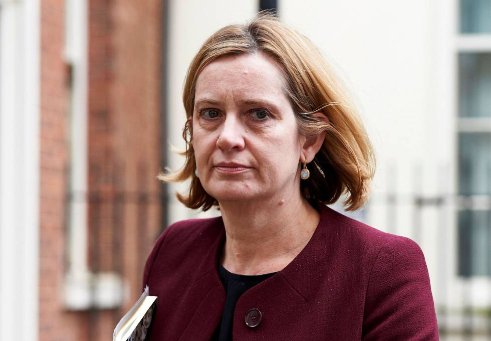 Amber Rudd, ministra de Interior que ha dimitido por mentir.